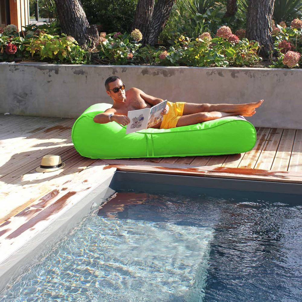 Chaise longue flottante vert anis