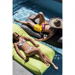 Chaise longue piscine vert anis