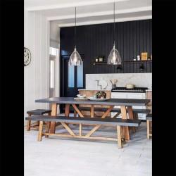 table avec 2 bancs et 2 tabourets