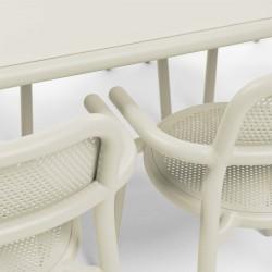 table extérieure beige