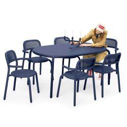 Table bleu en aluminium