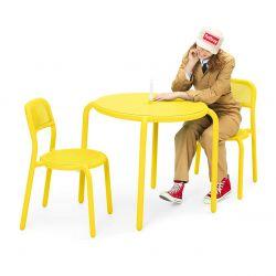 Chaise colorée pour extérieur