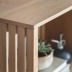 Etagère de salon en bois